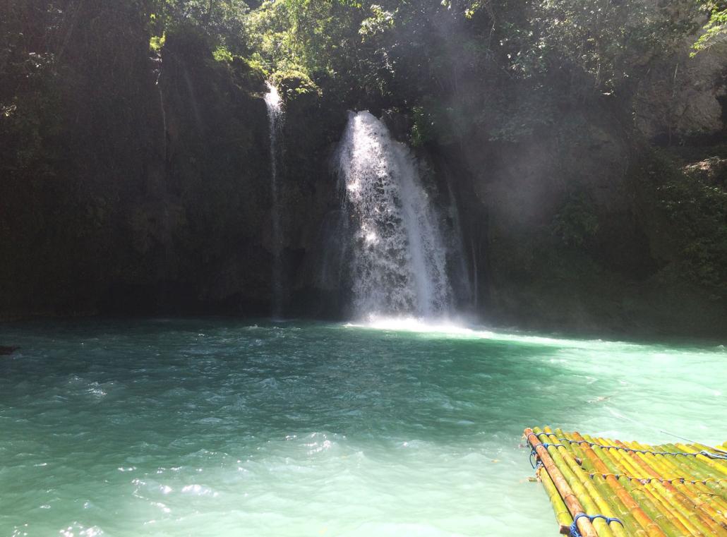 Wasserfall auf den Philippinen